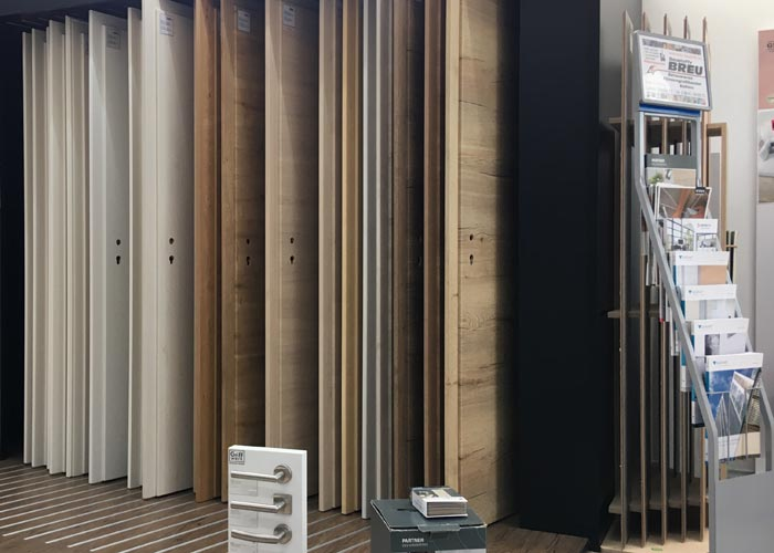 Zimmertüren   BREU Baustoffe